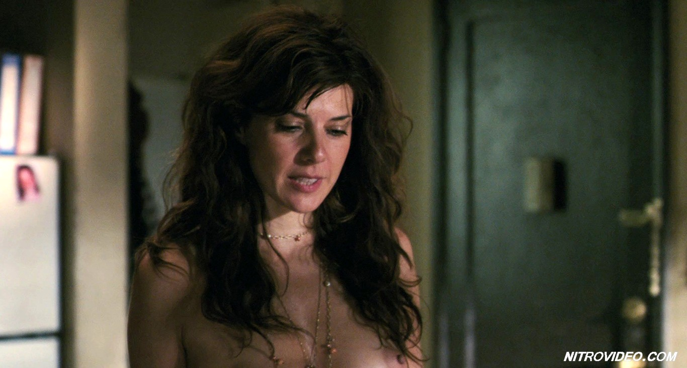 marisa-tomei-getting-naked-in-movies