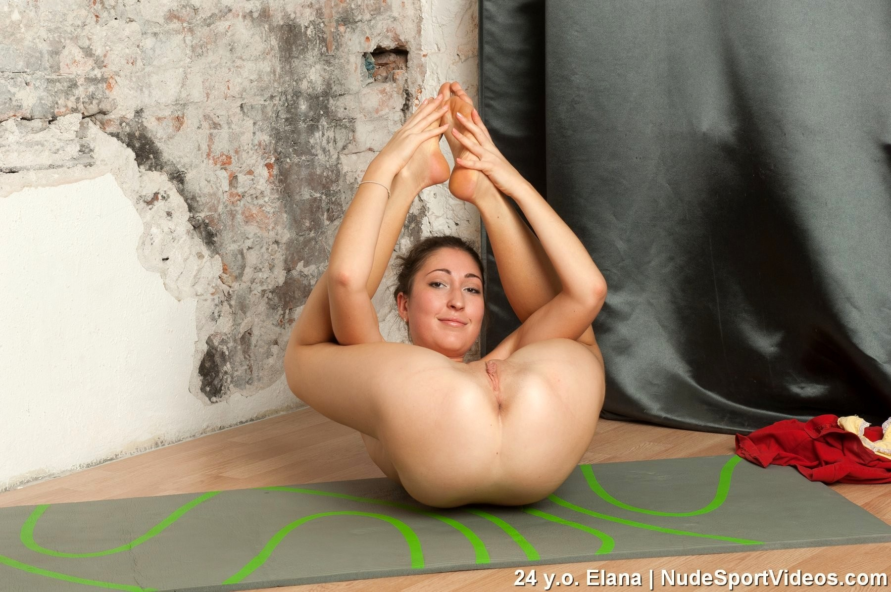 girls-pussy-yoga-nude-tanaka-pussy-hole