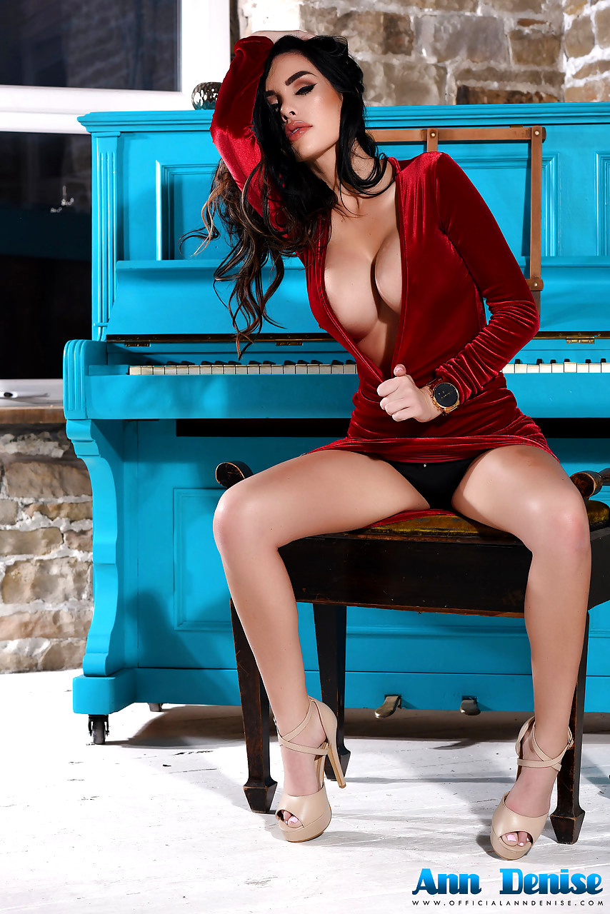 Laer red dress pussy