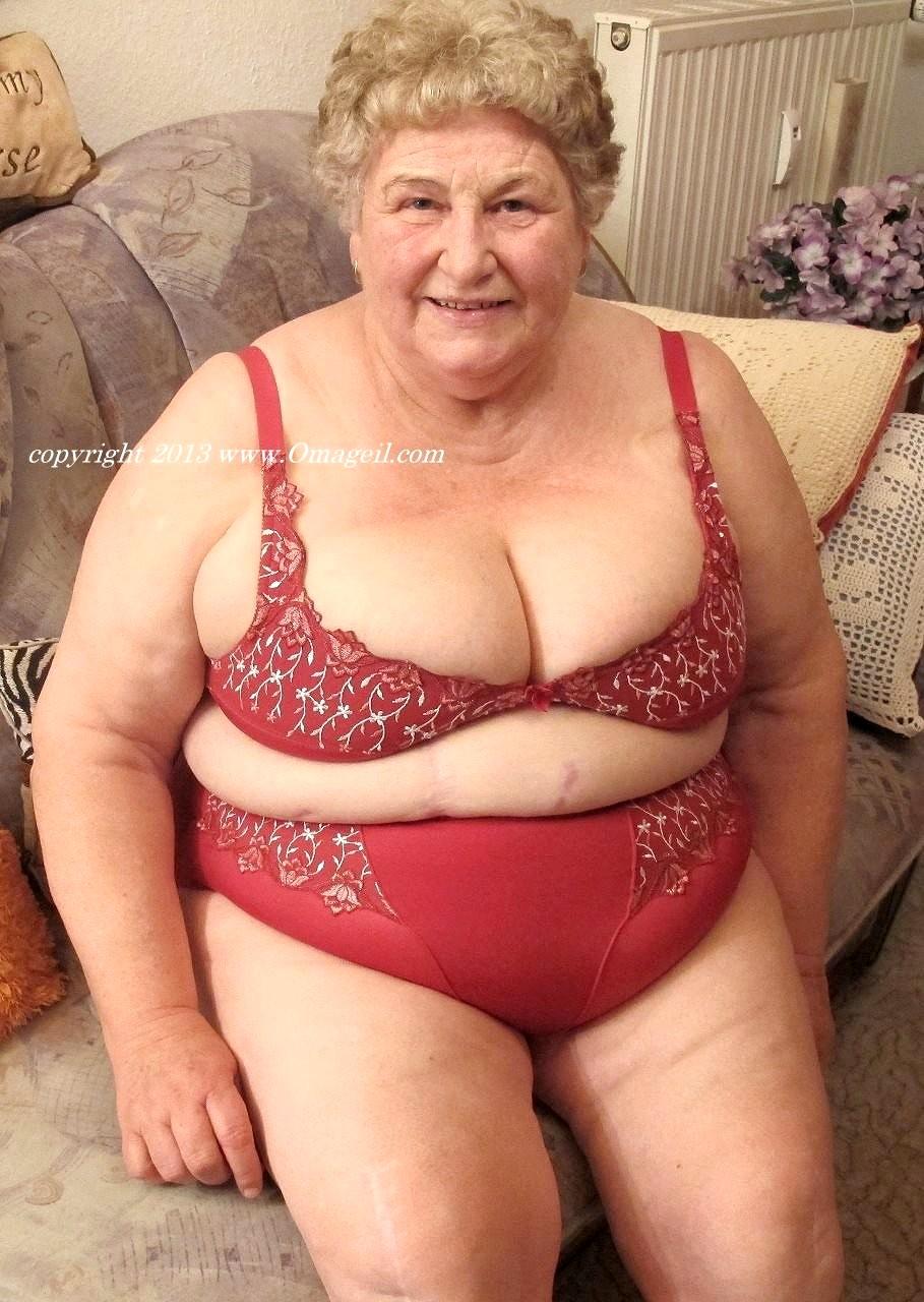Big tits free sample porn-3419