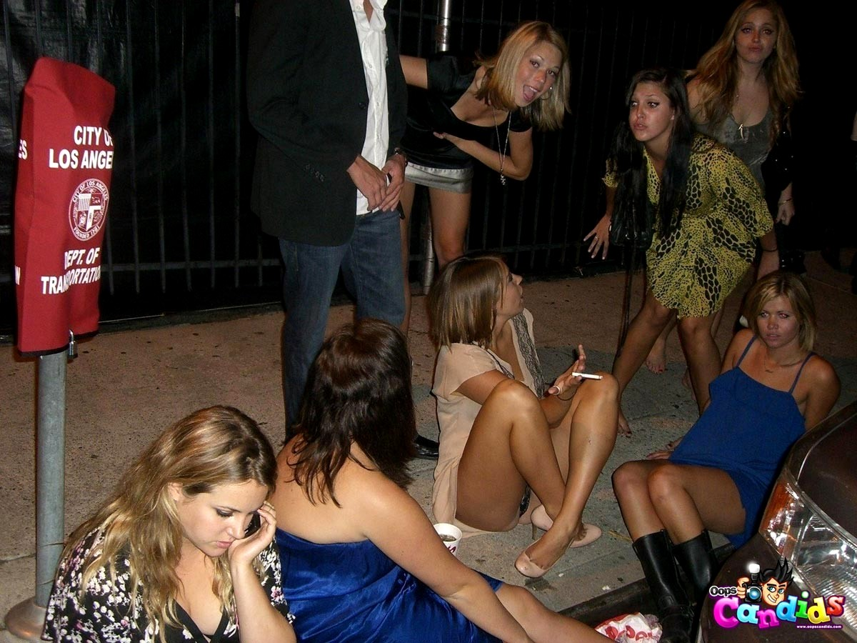 Party pics upskirt club — pic 13