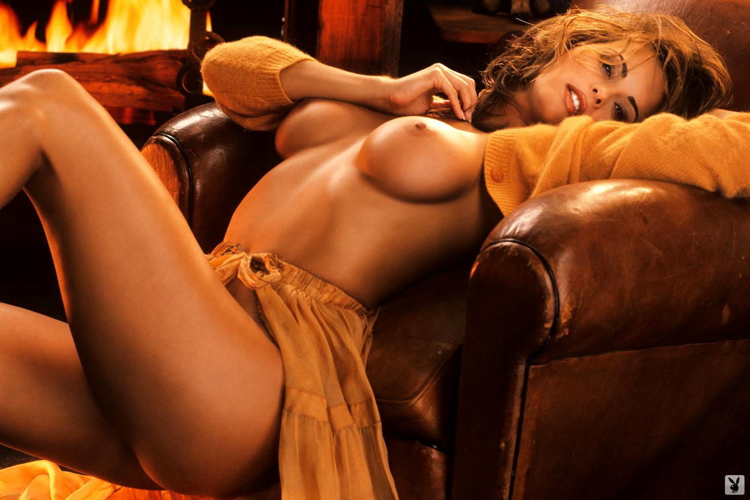 karen-mcdougal-nudes-pics