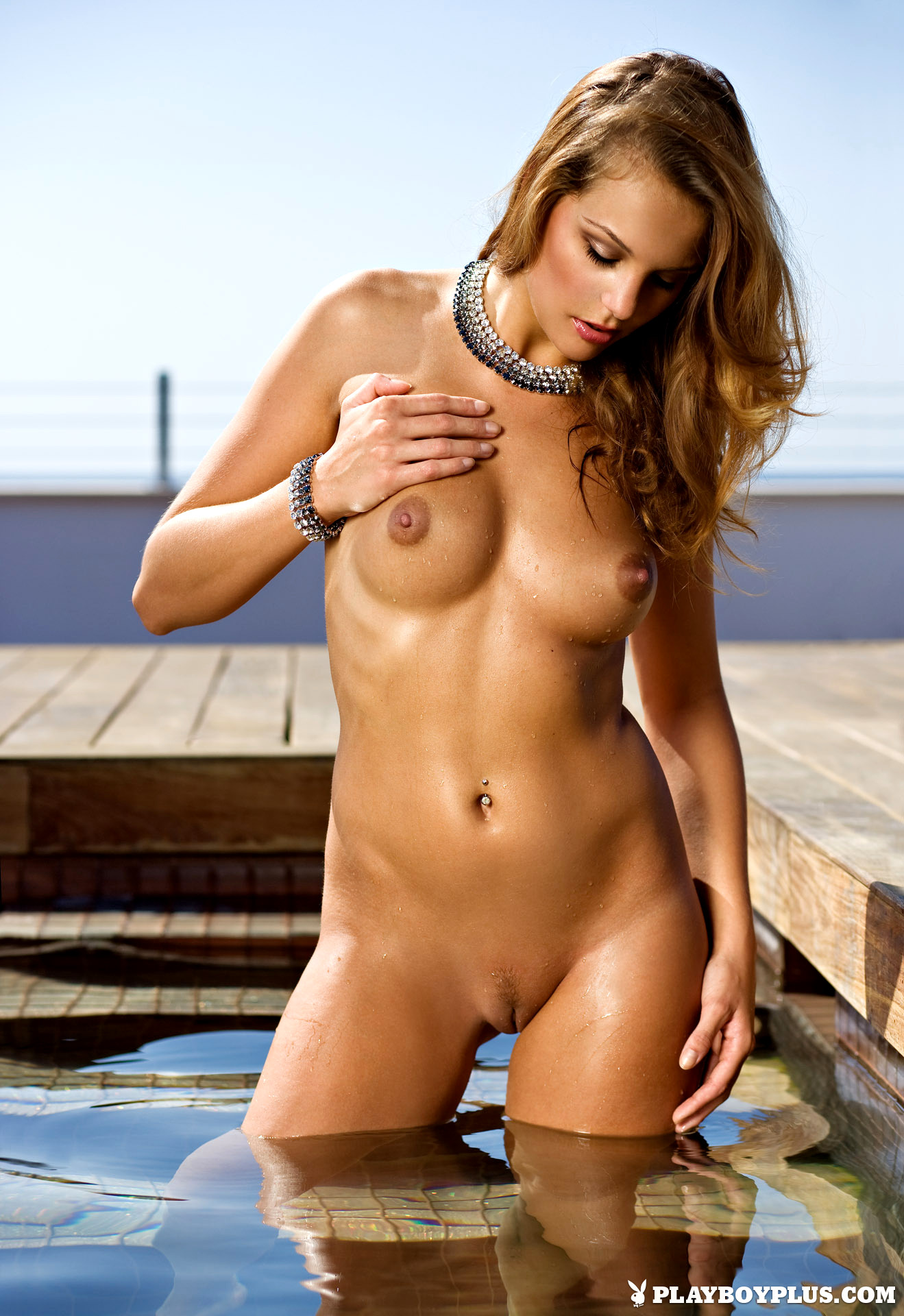 Naked short women tube