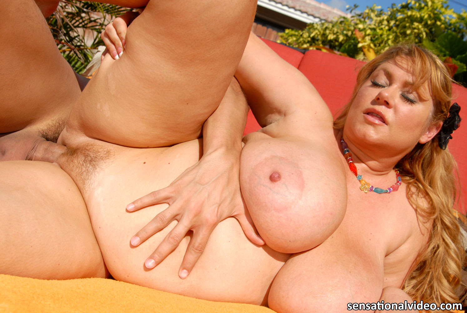 Fat bride samantha anderson with huge boobs fucked in her unofor