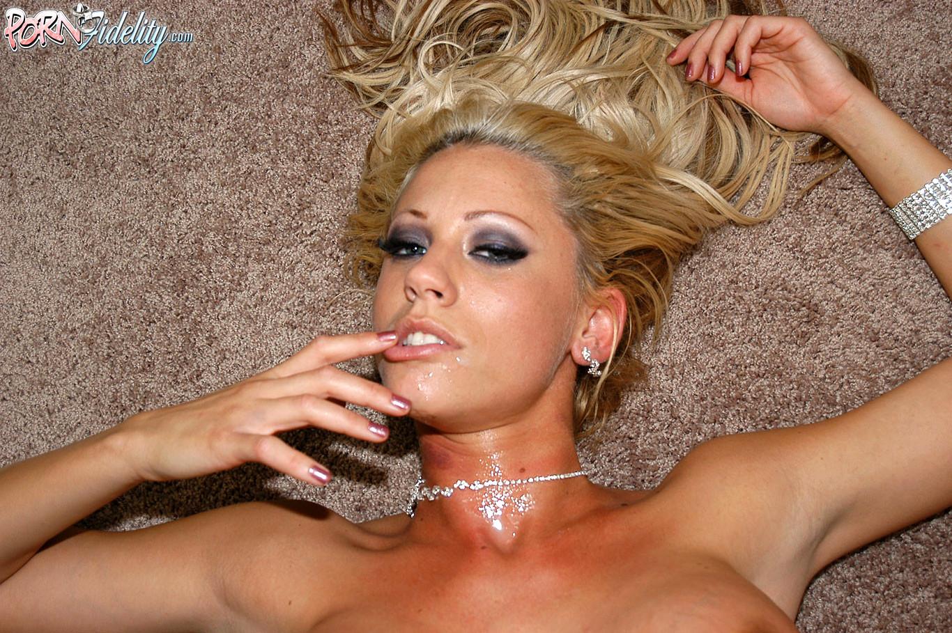 Смотреть порно с таня джеймс, Tanya james HD Porno, в хорошем качестве 18 фотография