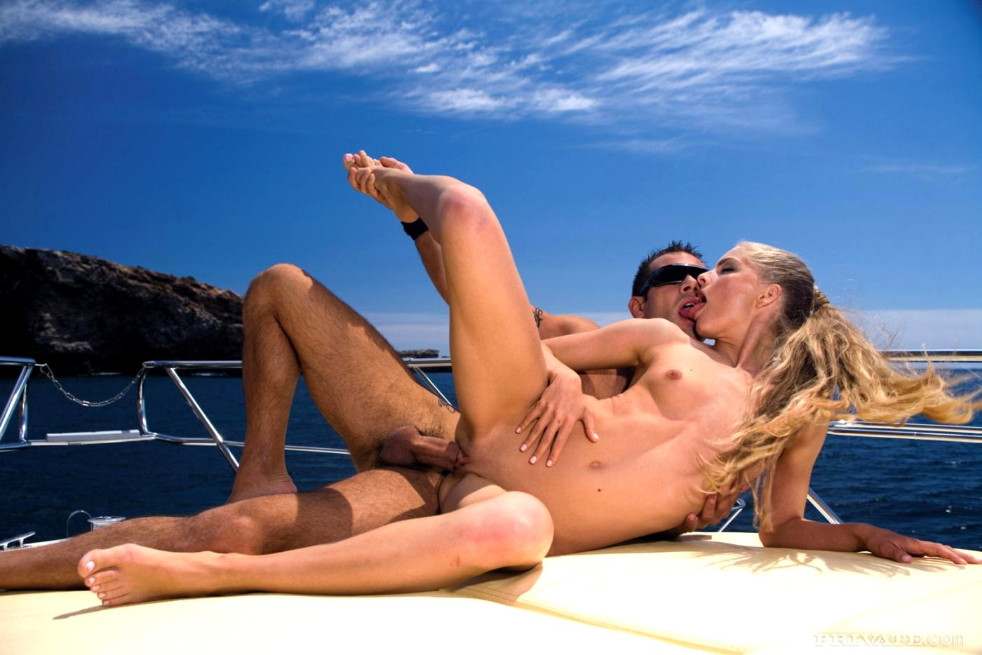 yacht-sex-video-he-had-the-of-the-amateur-before-the-professional