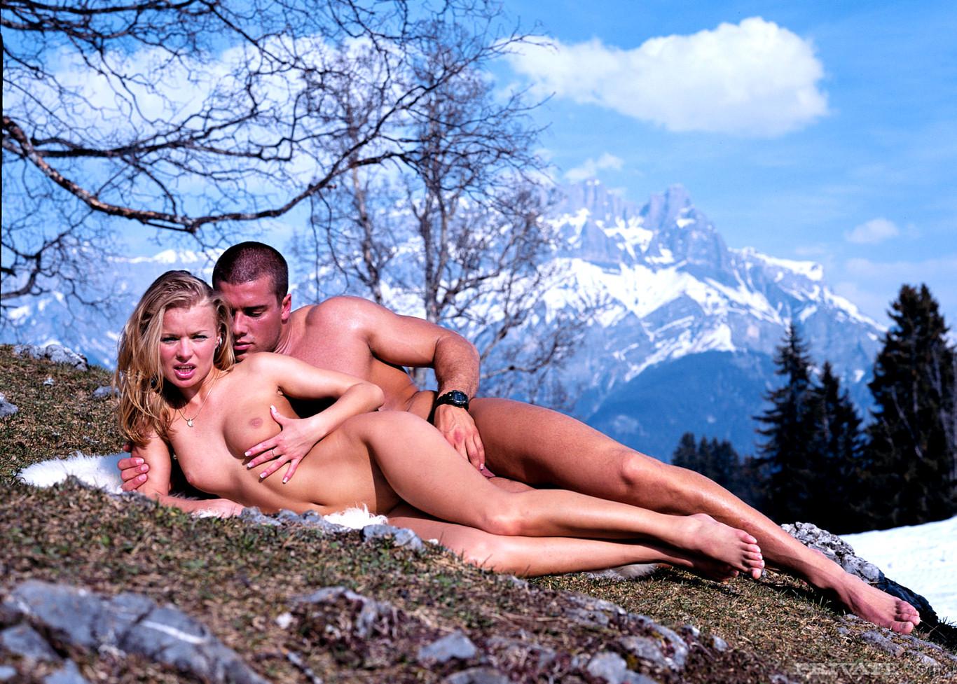 порно в горах порнофото время секса