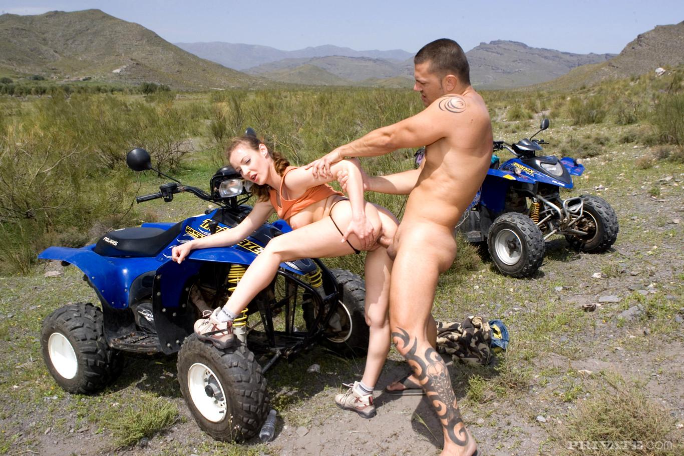 Русские байкеры секс на природе — pic 15