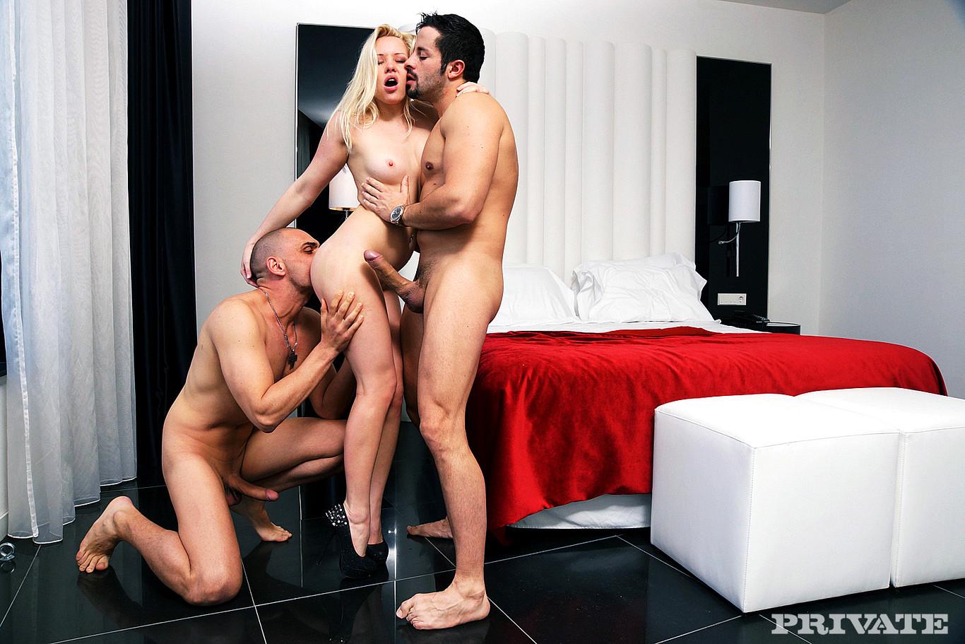 Порно фильм грязный секс, смотреть порно онлайн молодую жену ебет свекр