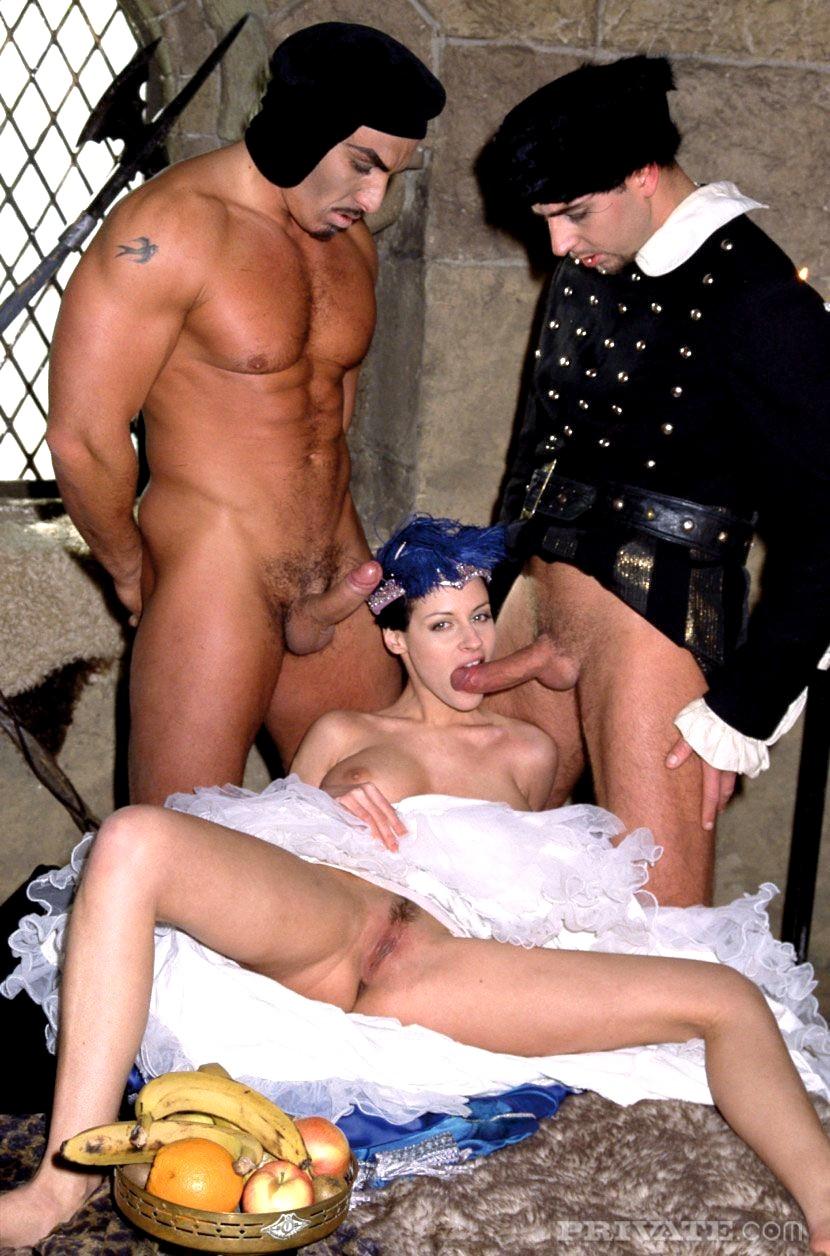 black-sex-in-costume-nude