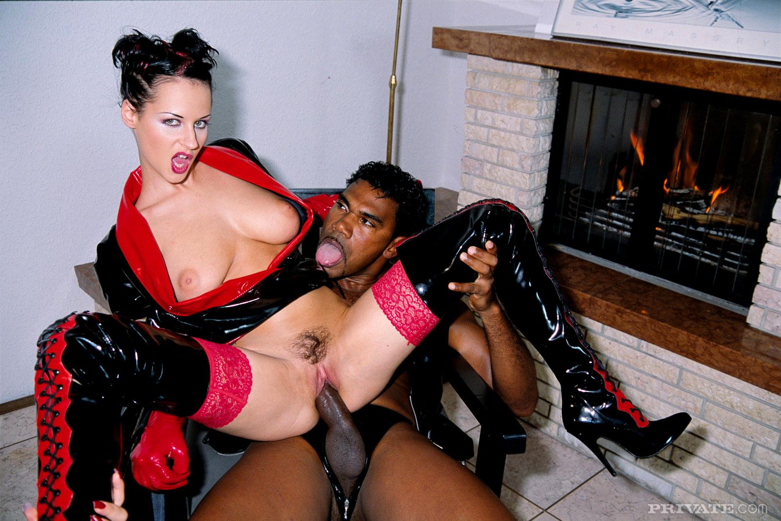 Русских трахают в сапогах, Секс в сапогах - подборка порно видео. Коллекция секс 30 фотография