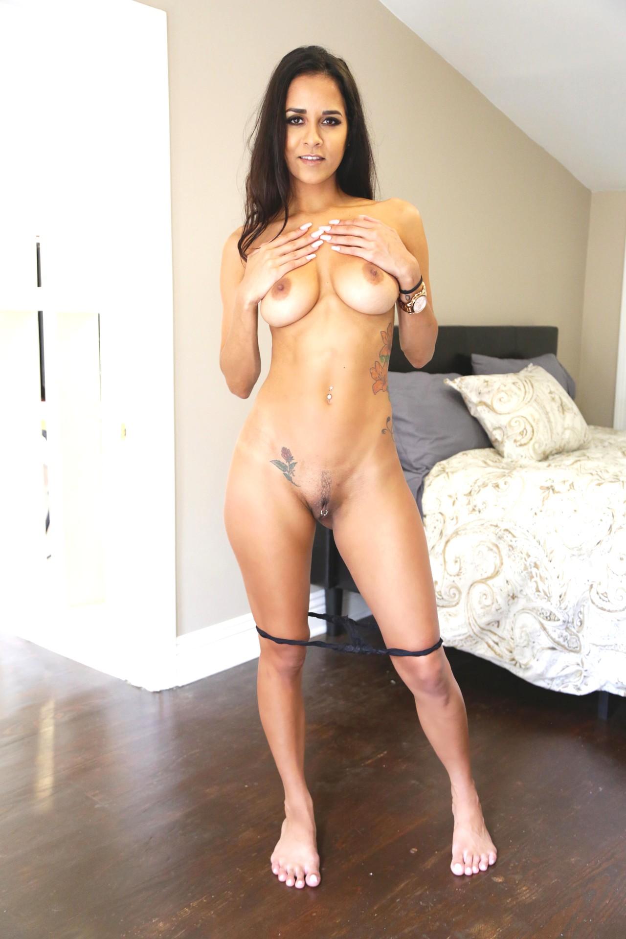 Abbey Lee Brazil Nude