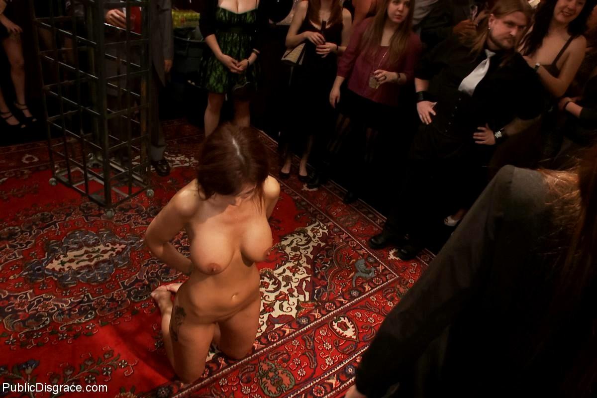 Рабыни на бдсм вечеринке — photo 3