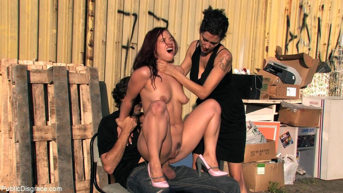 sex-scene-in-public
