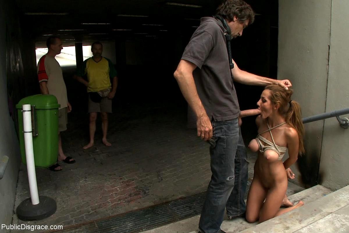 yutub-video-bdsm-na-ulitse-porno-video-skvirting-anissa
