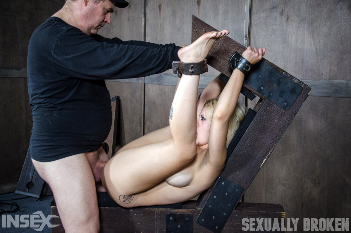 Sex HD MOBILE Pics Sexually Broken Nadia White Sergeant ...