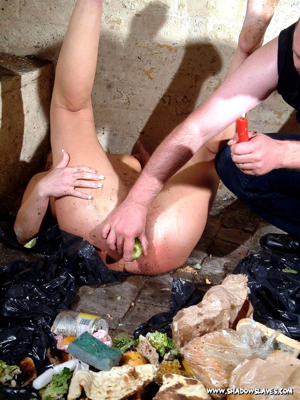 having-sex-in-garbage-porn-pics-u-suck-my-dick