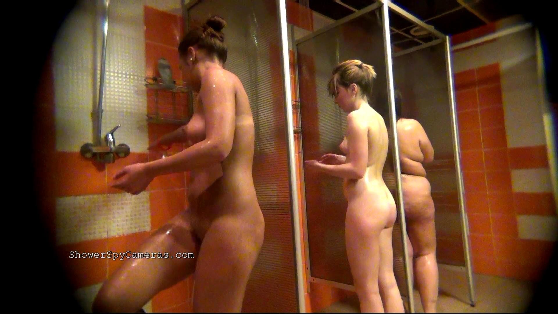 Скрытая камера в душе бане смотровом кабинете