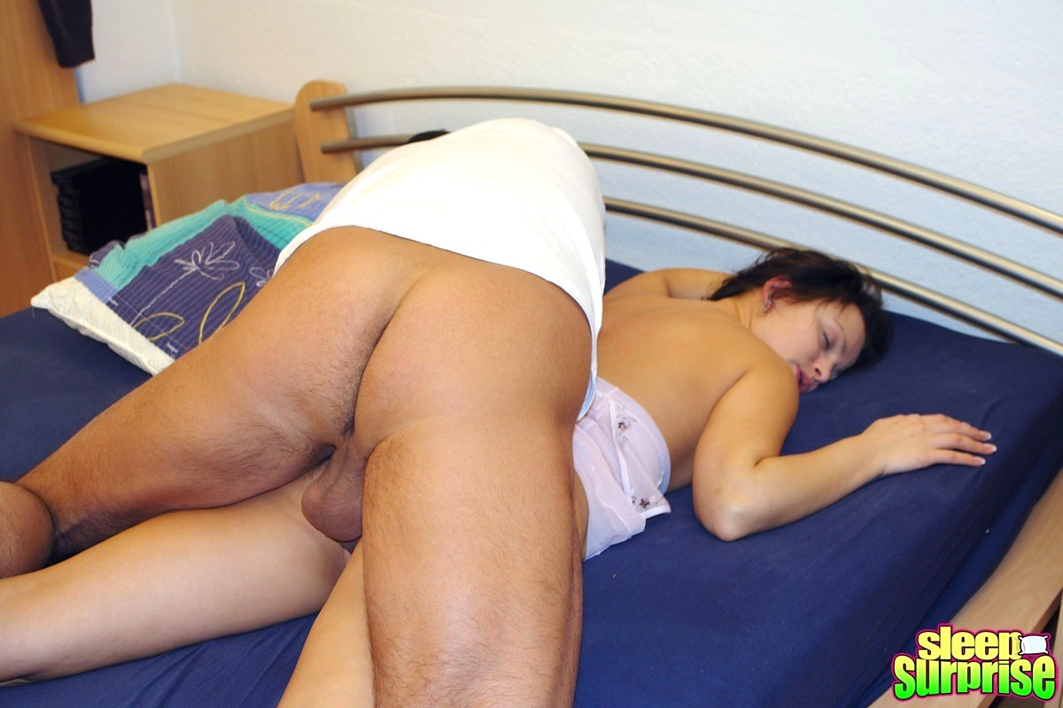 Black sleepsex hiden pic sister blowjob video