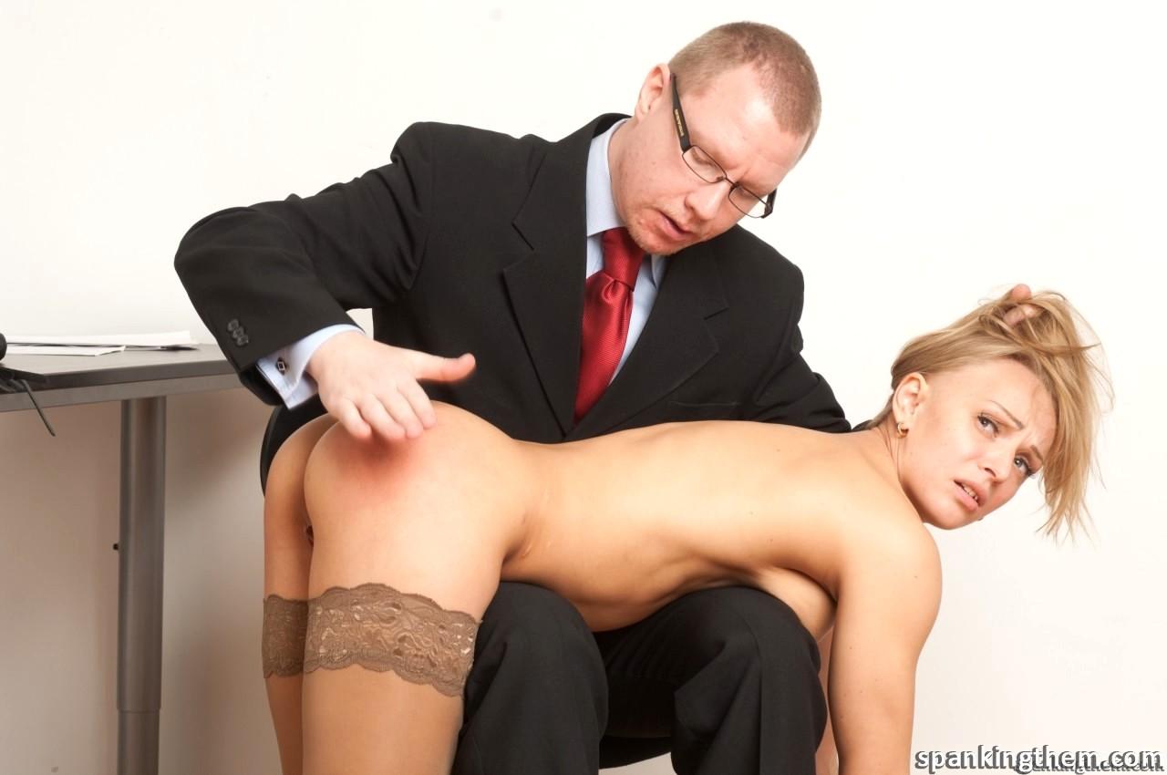 Смотреть онлайн порно наказал свою секретаршу — 9
