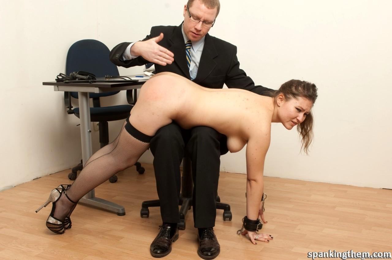 видео наказание секретарь порно - 5