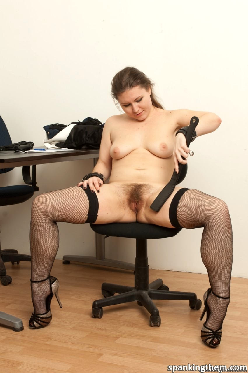 Порно фото волосатые секретарши