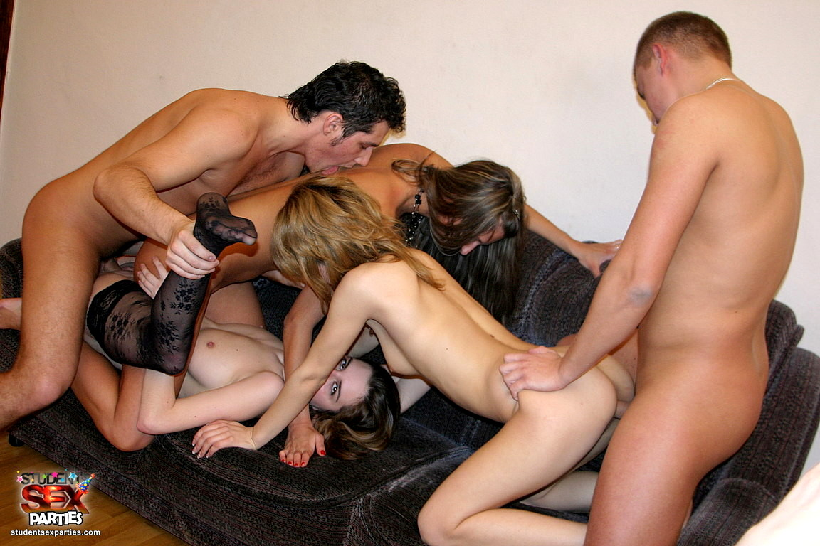 Русское порно видео групповой секс с на пьяной вечеринке