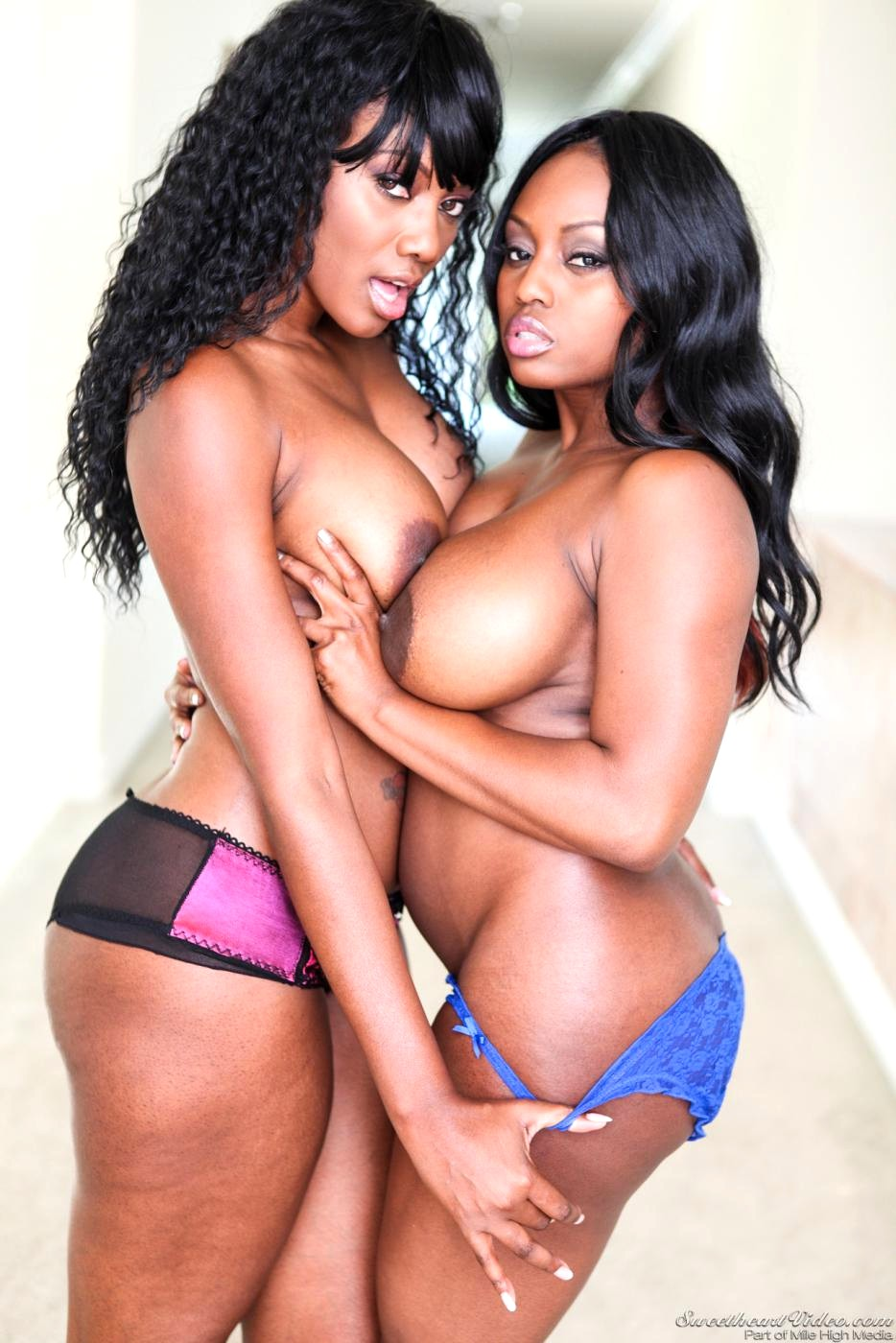 Sweetheart Video Nyomi Banxxx Jada Fire Romantic Milf-4185