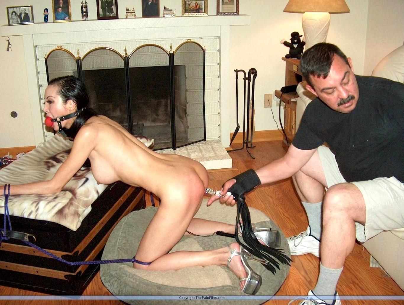 Муж фистингует русскую жену рабыню порно