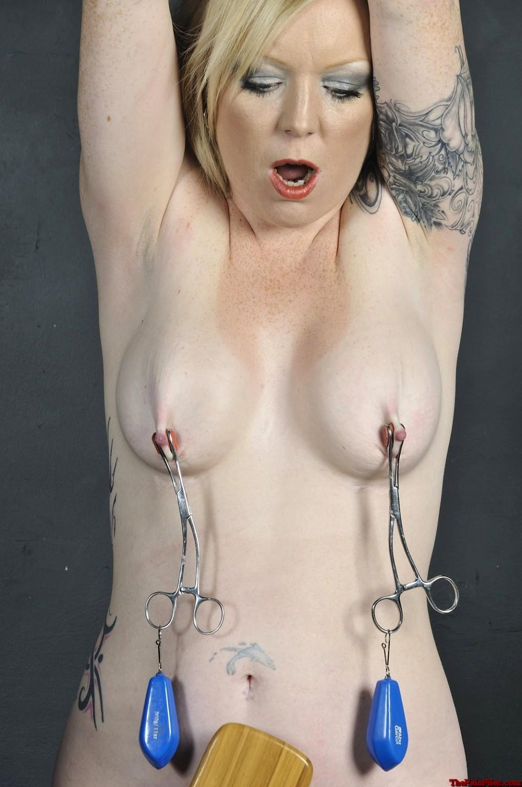 Nipple clamps nude