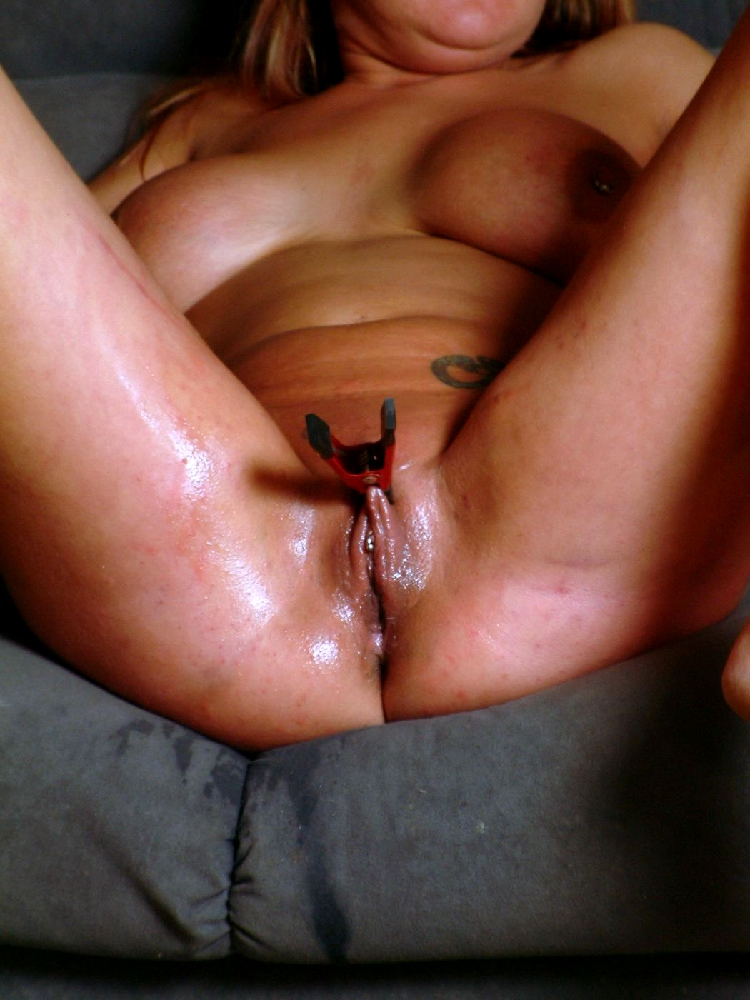 Naked pussy pain