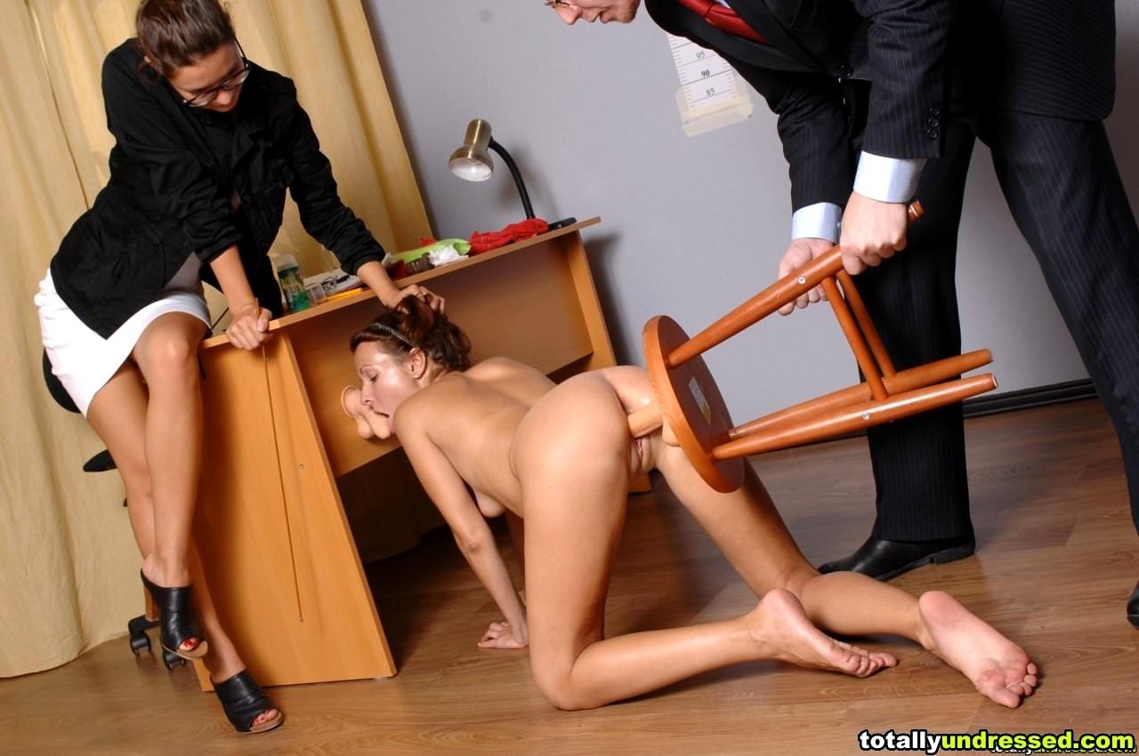 Фото ебля бдсм с секретаршей видео врускои бани
