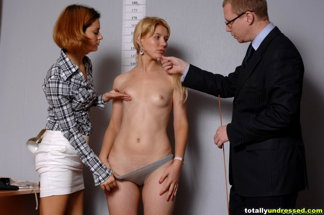 job-interview-women-naked