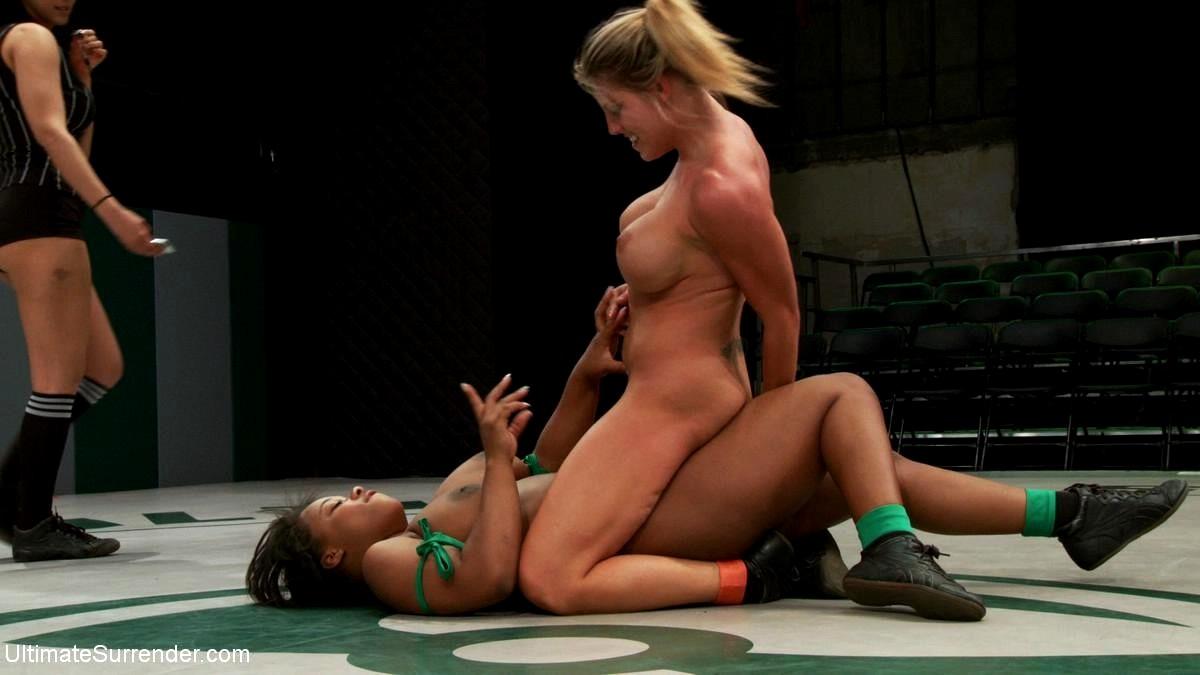 Порно фото женских писек в соц сетях ведь