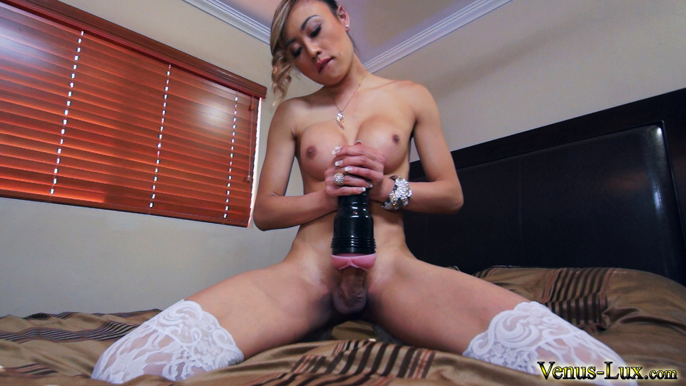 Steele shemale masturbation movie girls being bobbi