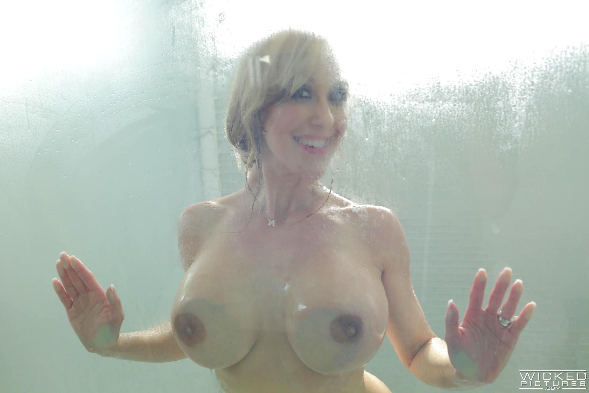 Surprisingly big tits