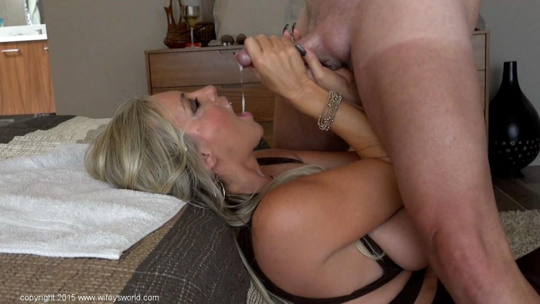 Big latin boobs on cam