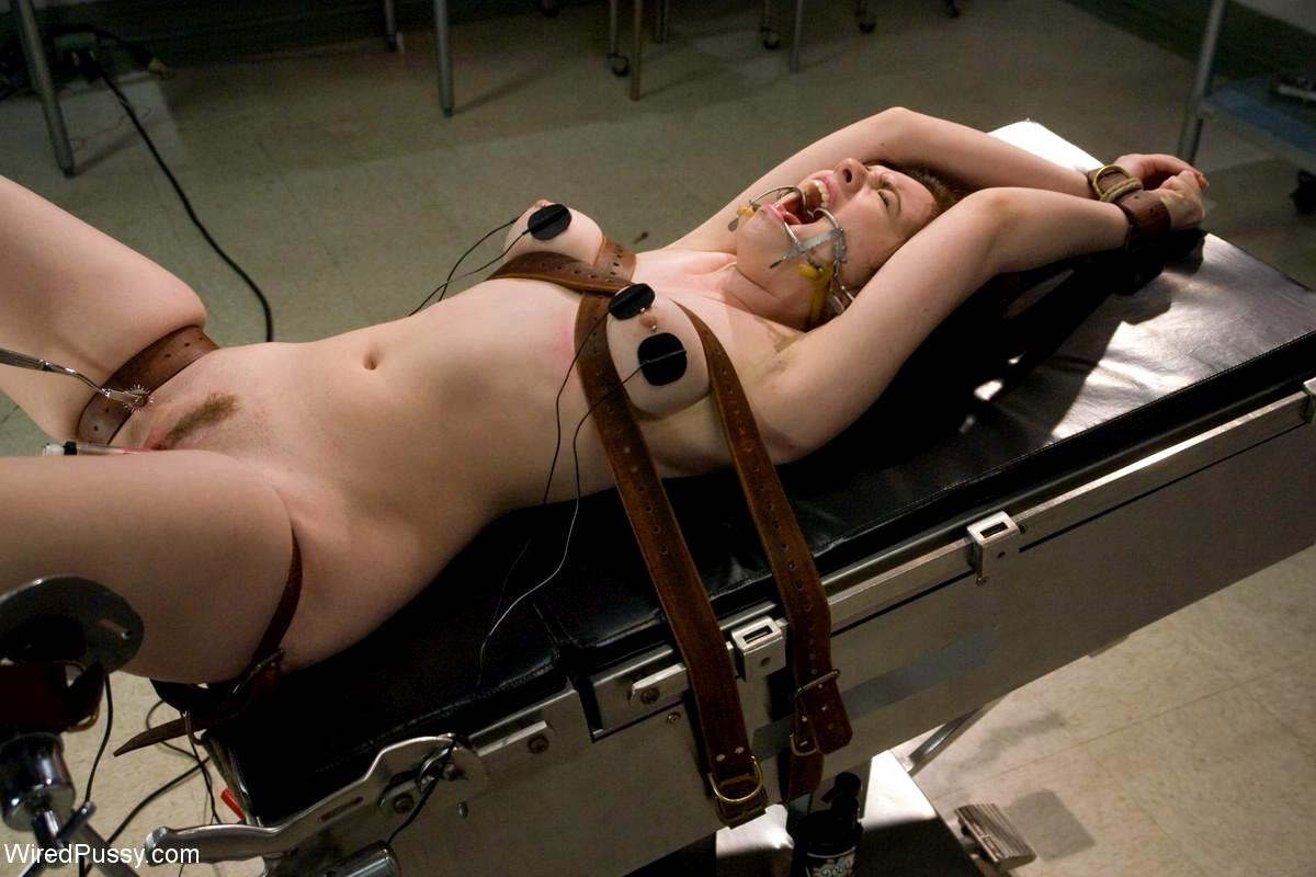Порно с электрическим током видео онлайн, отсос по самые гланды фото