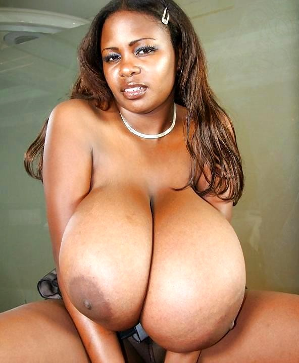 pics-big-big-titty-black-girl