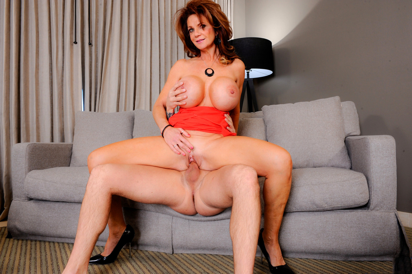 Busty Hotwife Cali Carter Fucked And Creampied
